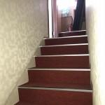4LDK住宅内部階段