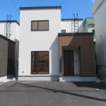 木造ガルバリウム鋼板葺屋根(外観)
