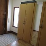 大きなシューズクローゼット設置の玄関(玄関)