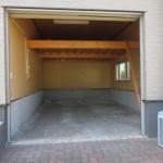 組込車庫1台、他に駐車1~2台可(駐車場)